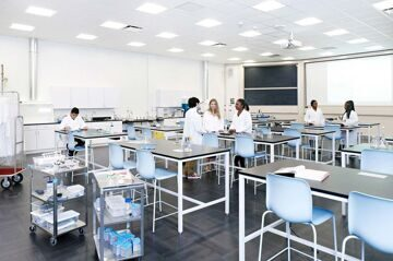 EFAcademy-New-York-science-classroom